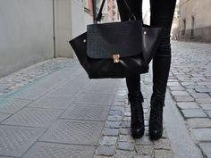 Gorgeous purses on Pinterest | Chanel Boy Bag, Celine and Purses ...