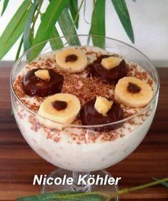 Bananenquark Zutaten: 2 Bananen 250g Quark 3 El Zucker 1 pä.Vanillezucker Mandeln 250 g Sahne Etwas Zitronensaft Bananen pürrieren mit Zitrnensaft beträufeln Quark Vanillezucker unterrühren. Sahne …