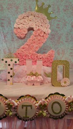 Pinata de oro y rosado partido de oro número pinata partido