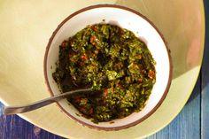 Kijk wat een lekker recept ik heb gevonden op Allerhande! Chimichurri (Zuid-Amerikaanse kruidensalsa)