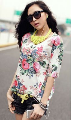 Korean V-neck printing irregular short-sleeved T-shirt