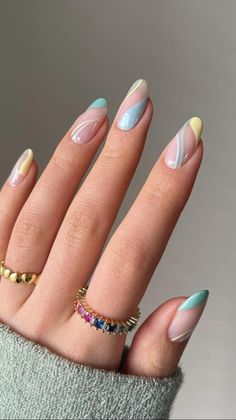 Chic Nails, Glam Nails, Stylish Nails, Sophisticated Nails, Stiletto Nails, Coffin Nails, Rounded Acrylic Nails, Almond Acrylic Nails, Almond Nail Art