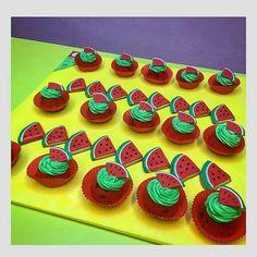 Karpuzlu Cupcake - Melek Anne Cupcake Anne, Cupcake, Desserts, Food, Tailgate Desserts, Deserts, Cupcakes, Essen, Cupcake Cakes