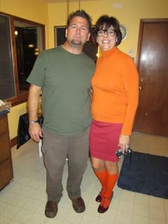 Couples halloween costume Shaggy and Velma costume