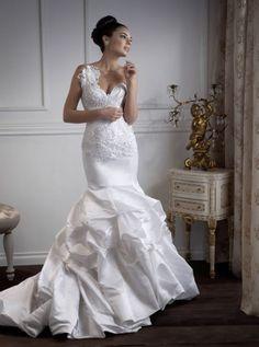 Beautiful Mermaid Wedding Gown