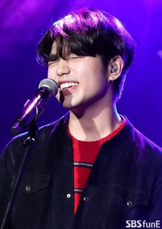 Love, your smile is the best thing in the morning, as bright and early as the sun Korean American, Korean Men, Korean Actors, Sam King, Korean Artist, American Singers, Your Smile, Music Artists, Hip Hop