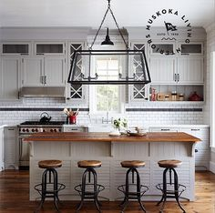 Kitchen Designed by Muskoka Living Interiors. #Kitchen #MuskokaLivingInteriors Image by Muskoka Living Interiors