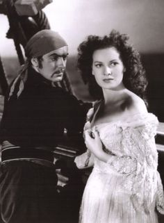 Tyrone Power and Maureen OHara  in The Black Swan 1942