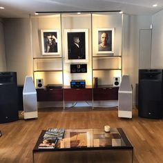 Show room Art&sound paris Jbl K2