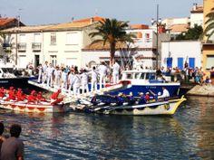 Joutes languedociennes au Grau du Roi, une institution centenaire Port Camargue, Le Gard, Sailing, France, Tourism, Travel, Candle, French Resources