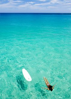 That water is so clear...amazing. Makes you want to dive right in. find more women fashion on misspool.com