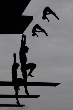 diving... reach to the sky on hurdle approach!