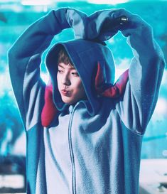 Image discovered by Karol. Find images and videos about minhyuk and btob on We Heart It - the app to get lost in what you love. Btob Lee Minhyuk, Sungjae, Kang Min Hyuk, K Idols, Pop Group, Pretty Boys, We Heart It, Windbreaker, Fandoms