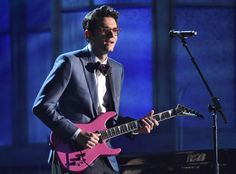 "2015 Grammys: Ed Sheeran and John Mayer Duet to Everyone's Future Wedding Song, ""Thinking Out Loud""  John Mayer, Grammy Awards, Performance"