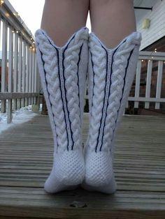 Palmikot Wool Socks, Knitting Socks, Knitting Projects, Knitting Patterns, Leg Warmers, Bunt, Knitwear, Knit Crochet, Gloves