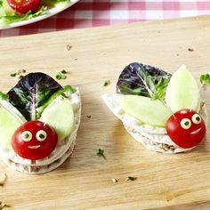deux petits sandwich en forme d'insect