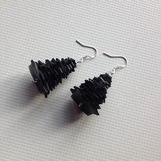 New Earrings Pina are a small tree like vegan rubber earrings. It makes a great gift for Christmas but I wear them all year long - I just love the feel of them on my ears. Pina makes a great gift for any woman in your family. Stainless steel hook Enjoy Free Shipping