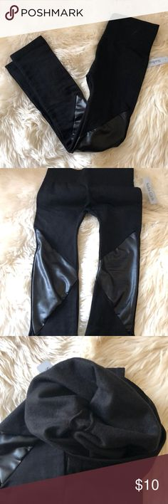 🍹2/$20🍹Leather Panel Yoga Leggings Fleece lined. Size xs and small only. Polyester and spandex. Pants Leggings