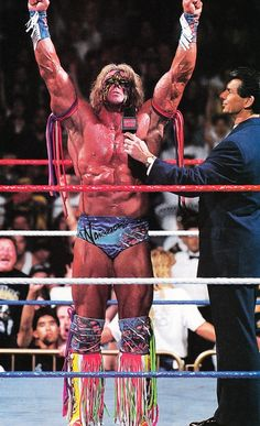 The Fishbulb Suplex — The Ultimate Warrior with Vince McMahon Wwf Superstars, Wrestling Superstars, Wrestling Posters, Wrestling Wwe, Attitude Era, Star Trek Posters, Catch, World Of Warriors, Lucha Underground