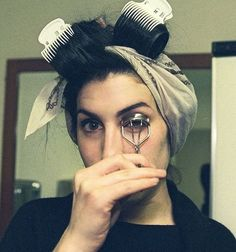 Lovely Cutie funny Amy ❤️🌺 ~~~~~~~~~~~~~~~~~~~~~~ #amy #amywinehouse #beehive #icon #singer #famous #27 #talented #amyjade #music #stars #camdenqueen #funny #musician #rip #love #jazz #song #camden #queenofcamden #makeup #amyjadewinehouse #photo #hair #beauty #jazz #iconic #perfection #lovely #cute #like