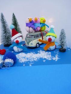 Christmas tree decorations snow men crafts with children Christmas Tree Decorations, Christmas Ornaments, Holiday Decor, Snowman Crafts, Men Crafts, Snow Men, Children, Christmas Applique, Christmas Things