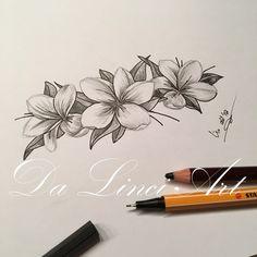 Tattoos on back Hawaiian Flower Tattoos, Lily Flower Tattoos, Tattoos For Women Flowers, Mini Tattoos, Circle Tattoos, Body Art Tattoos, Frangipani Tattoo, Hawaii Tattoos, Back Of Shoulder Tattoo