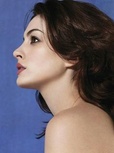 Faces So Beautiful It Hurts - Anne Hathaway list Beautiful Brown Eyes, Imperfection Is Beauty, Female Profile, The Dark Knight Rises, Young Actresses, Sarah Jessica Parker, Fresh Face, Anne Hathaway, Trending Topics