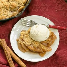 Grilled Apple Crisp | A classic dessert with smoky undertones from the BBQ