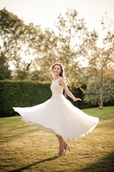 Twirly Dress <--- i REALLY like this ^_^