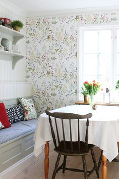 Scandinavian Living, Scandinavian Interior, Interior Design Kitchen, Interior Decorating, Kitchen Wallpaper, Country Kitchen, Home And Living, Home Kitchens, Decoration