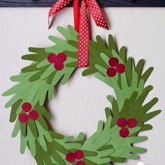 Kids Hand Print Christmas Wreath.