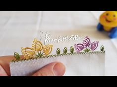 YouTube Needle Tatting, Needle Lace, Olay, Diy And Crafts, Embroidery, Creative, Knitting, Lace, Weaving Patterns
