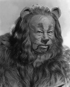 Burt Lahr, The Wizard of Oz  1895 - 1967.  I do believe  in spooks, I do, I do, I do!