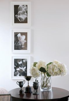 Great use of the contrast between #black and #white in this design