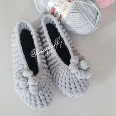 Crochet Ripple, Crochet Slippers, Blue Berry Muffins, Couture, Crochet Clothes, Baby Shoes, Crochet Patterns, Knitting, Crafts