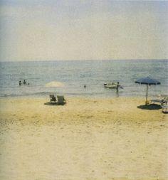 Cy Twombly, les polaroïds — plage de Gaeta.