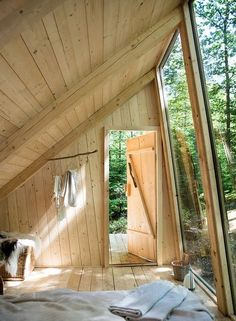 Cabins And Cottages: I woke up in a small room, with a slanted ceiling . A Frame Cabin, A Frame House, Slanted Ceiling, Floor Ceiling, Tiny House Cabin, Cabins In The Woods, Wood Design, Wood House Design, Design Design
