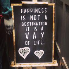 ¡Gran frase para comenzar esta nueva semana! ¡Feliz Lunes! #ideassoneventos #blog #bloglovin #organizacióndeventos #comunicación #protocolo #imagenpersonal #bienestarybelleza #decoración #inspiración #bodas #buenosdías #goodmorning #monday #lunes #happy #happyday #felizdía #quotes #frasedeldía