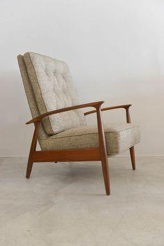Milo Baughman Walnut Reclining Lounge Chair