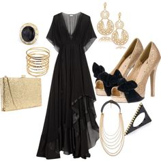 woah! tone down some of the jewelry and I'd wear it. <3 love the dress.