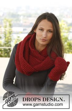 """Knitted DROPS neck warmer and mittens in garter st in """"Andes"""". Knitting Patterns Free, Free Knitting, Drops Design, Neck Warmer, Mittens, Crochet Projects, Knit Crochet, Scarves, Garter"""