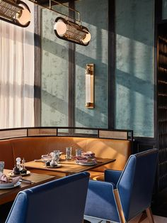 Hotel Buffet, Dining Buffet, Rosewood Hotel, Cafe Bistro, Restaurant Lounge, Architectural Photographers, Banquette Seating, Best Hotel Deals, Hotel Interiors