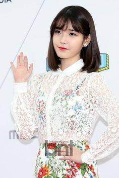 IU - 140319 IU @ MBC Show Champion Red Carpet