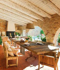 http://i1.wp.com/adelaparvu.com/wp-content/uploads/2014/05/adelaparvu.com-despre-casa-din-piatra-cu-veranda-si-bucatarie-de-vara-casa-Spania...