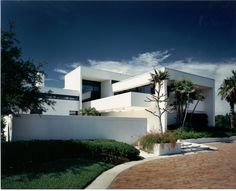 Contemporary: Click here to see more http://www.fleischmangarcia.com/portfolio/11_residential/project6.html