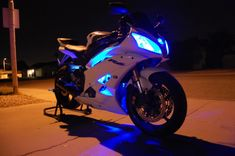 Yamaha r6 with underglows