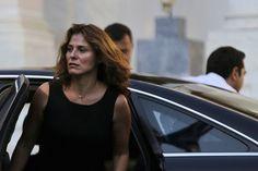 Παρέχεται από: News247.gr Premier Ministre, French Magazine, Paris Match, The Headlines, Celebrity Pictures, Basic Tank Top, Profile, Tank Tops, Celebrities