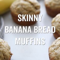These banana muffins have no oil, are low sugar, and just over 100 calories each. Skinny Banana Bread, Banana Bread Muffins, Banana Dessert Recipes, Banana Bread Recipes, Healthy Eating Recipes, Cooking Recipes, Healthy Food, Cupcakes, Cupcake Cakes
