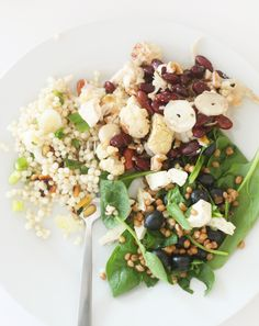 What we ate: Wheat Berry Spinach Salad, Israeli Couscous, Balsamic Peaches, Wholeliving.com #lunchbunch