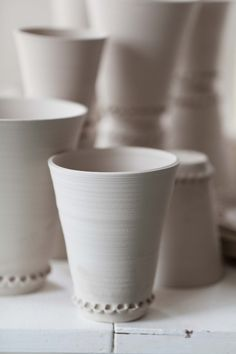 Fabulös inspiration: Lera. Great detail inspiration for adding altered edges to catch glazes.